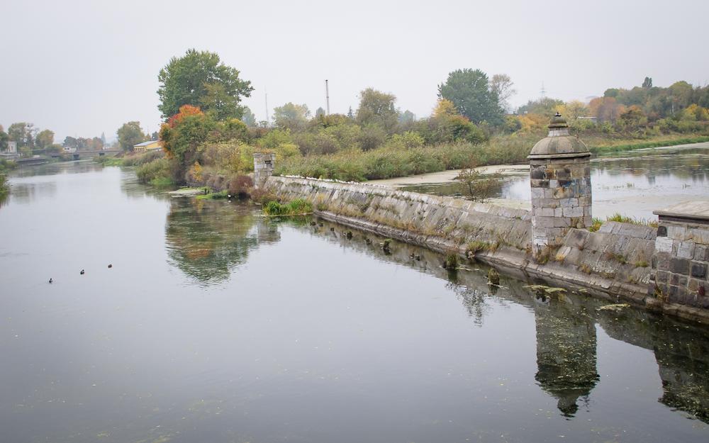 Kamienna grobla (fot. własna)
