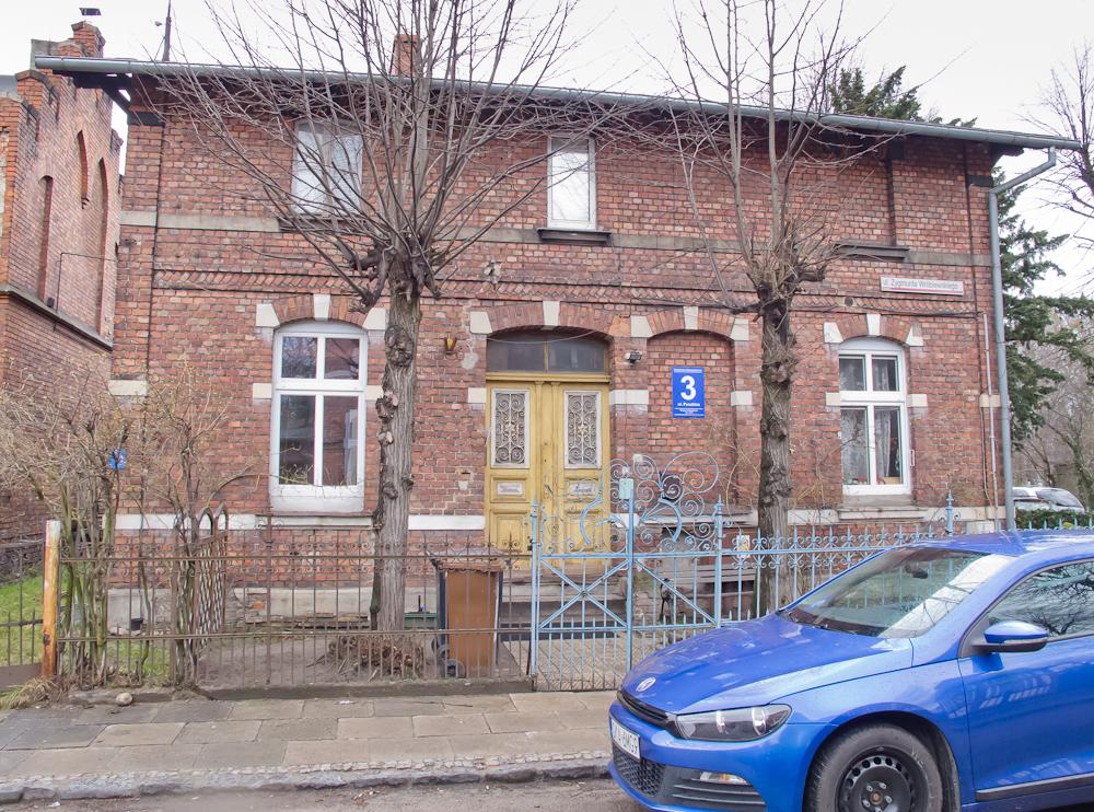 Budynki powstałe dzięki Fundacji Abbega (fot. własna)